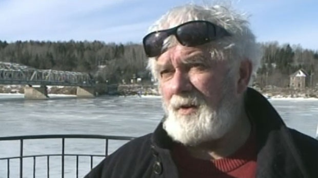 Perth-Andover Mayor Terry Ritchie says he won't resign and instead wants the provincial government to fire council.