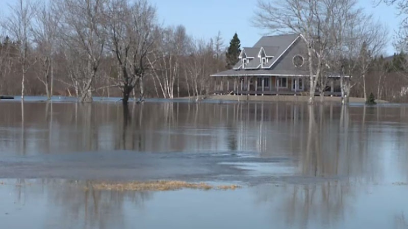 southwestern n b  residents on flood watch as water levels