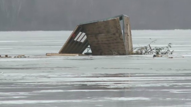 The New Brunswick government has ordered ice fishing shacks and tents off the river by this coming weekend.