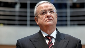 Martin Winterkorn, former CEO of Volkswagen arrives for a questioning at an investigation committee of the German federal parliament in Berlin, on Jan. 19, 2017. (Michael Sohn / AP)
