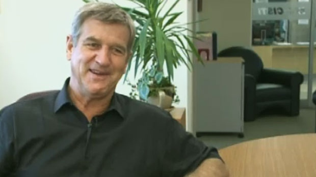 Hockey legend Bobby Orr says if NHL players are told to stay home, they won't be there for long.
